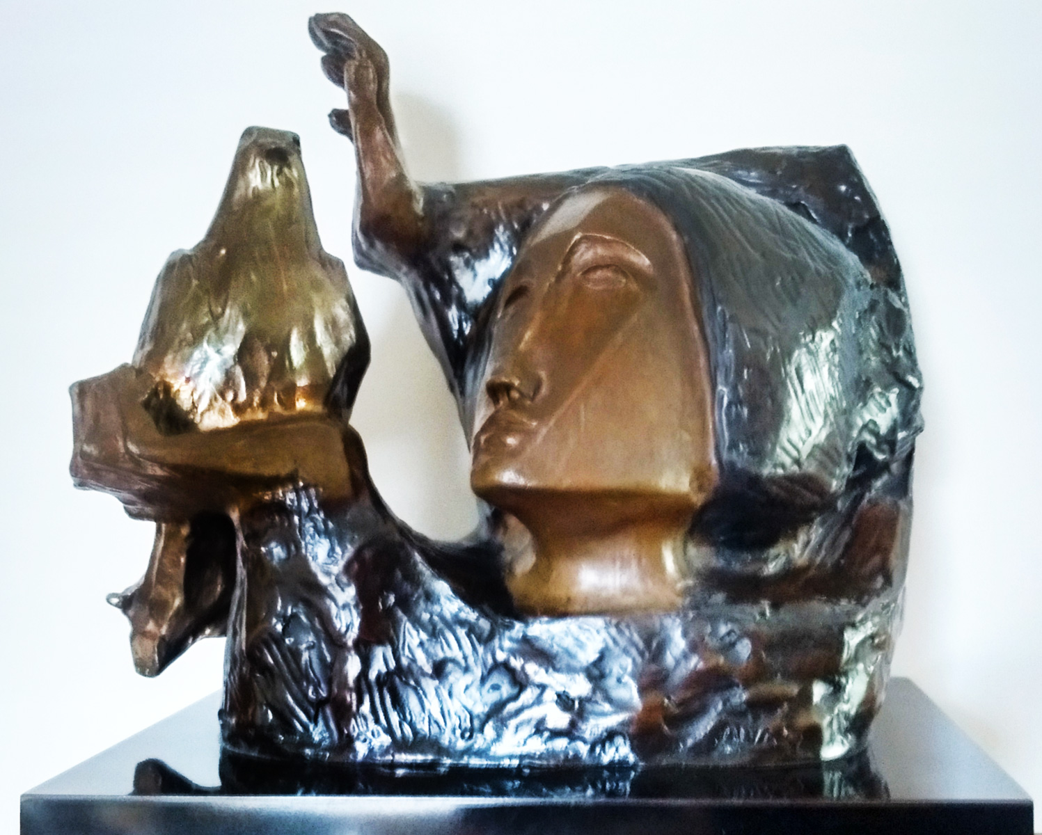 La Paloma Bronze Sculpture 1988 10 in
