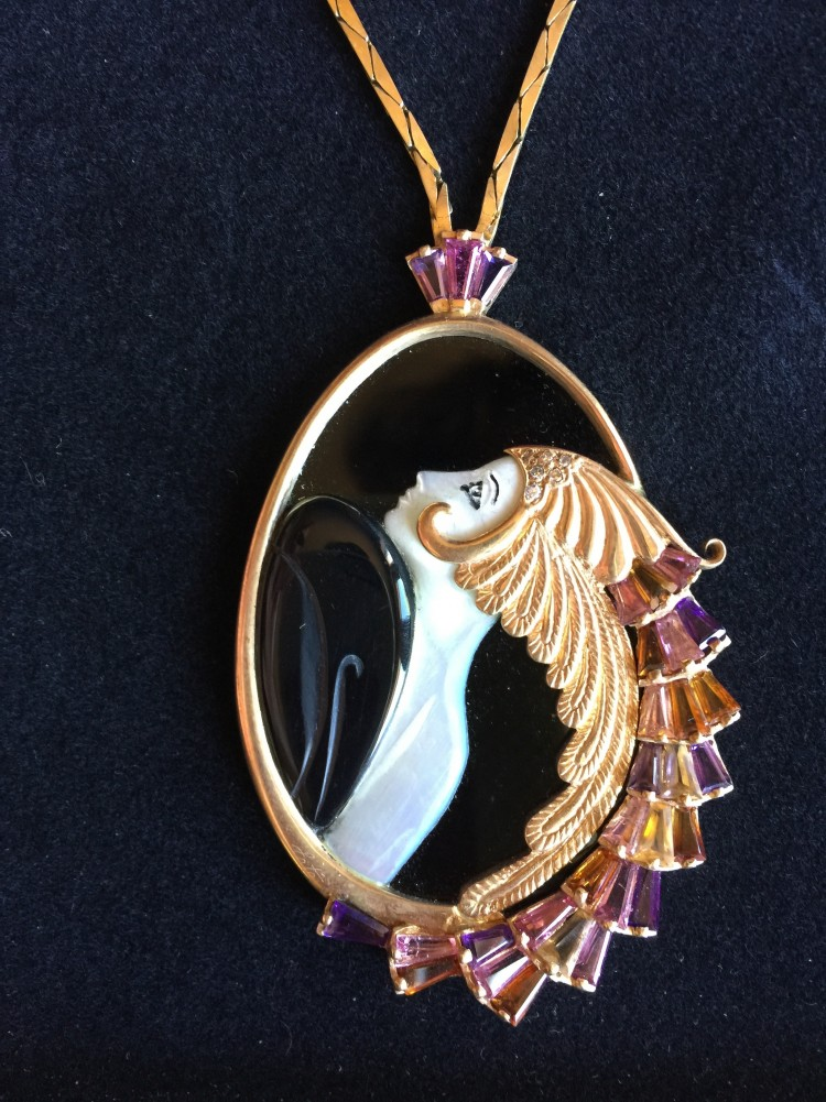 Beauty of the Beast State Gold and Onyx Pendant 1970