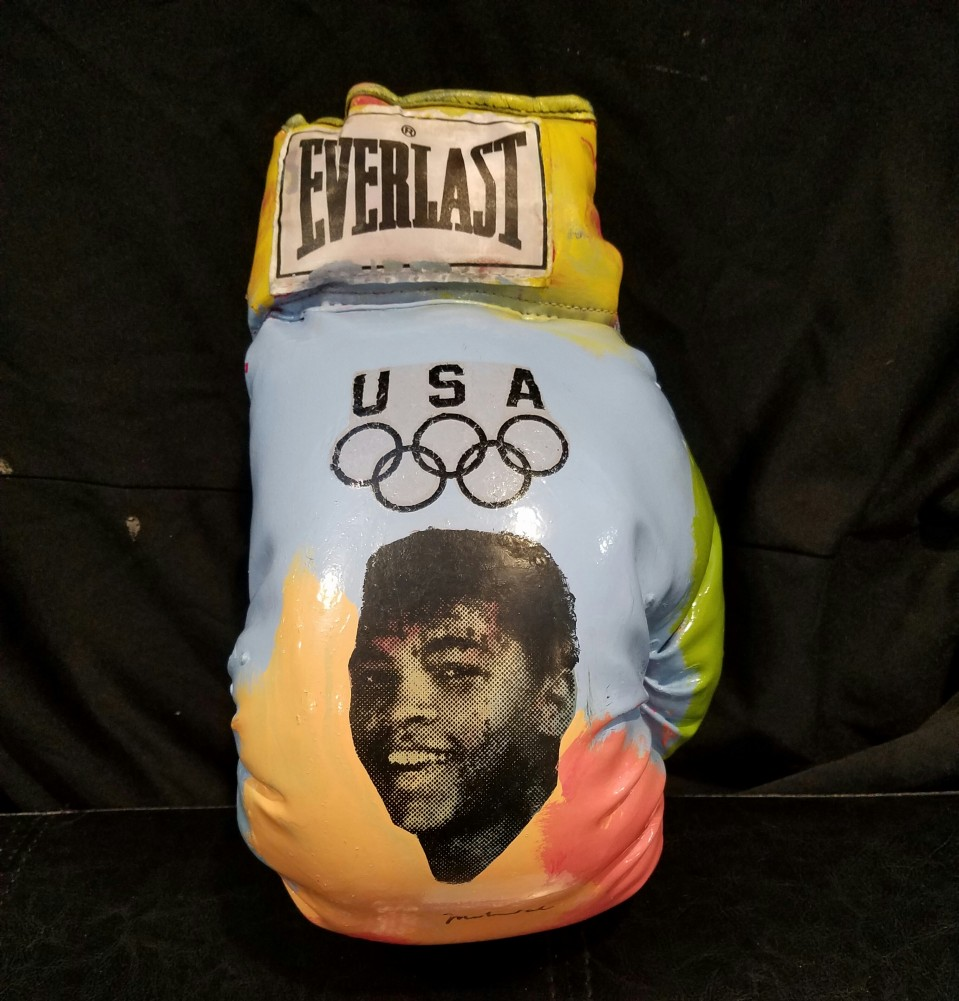 Muhammad Ali - Signed  Boxing Glove Unique