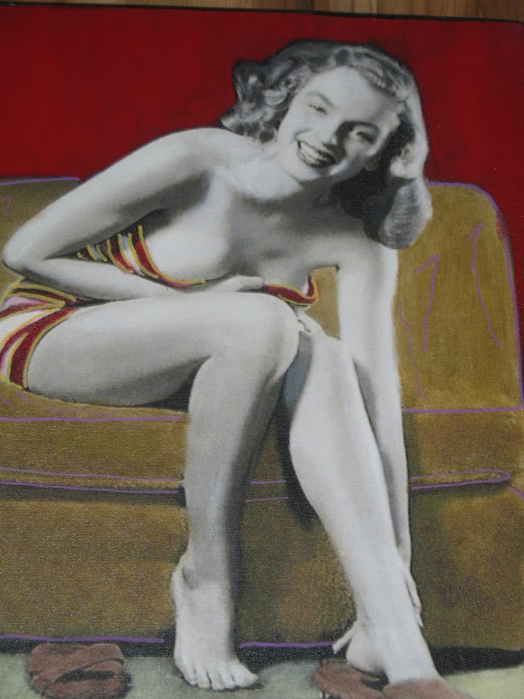 Norma Jean Relaxing 2004 Unique 16x19