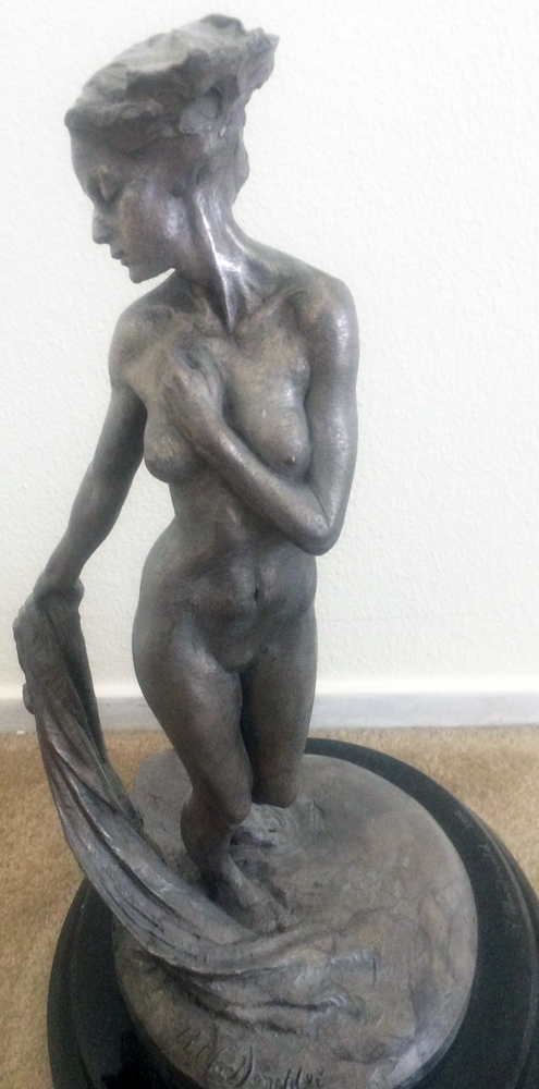 Daybreak Sculpture Platinum 21 in