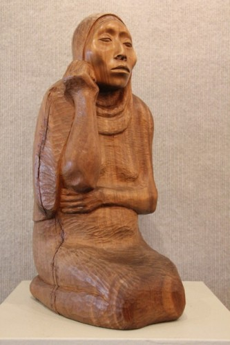 Mujer Sentada Unique Wood Sculpture 15 in (Rare)