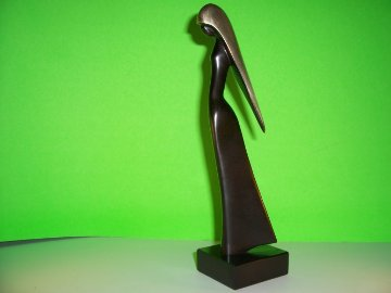 Jasmin Bronze Sculpture 1985 Sculpture - Paul Braslow