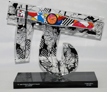Children of the World Acrylic Sculpture Sculpture - Romero Britto
