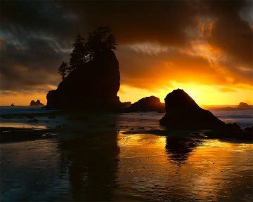 Second Beach Sunset AP 1/50 Panorama - Rodney Lough, Jr.