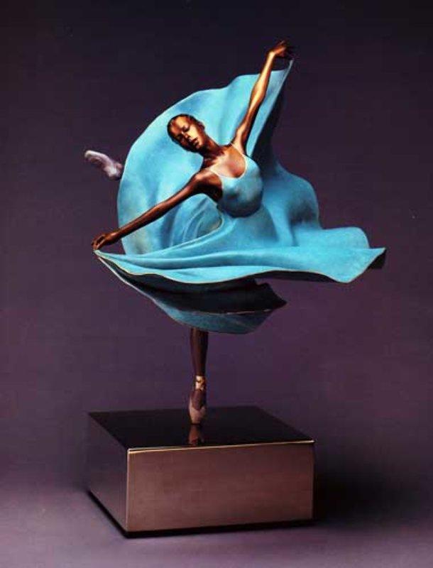 La Balance Bronze Sculpture by Ramon Parmenter