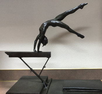 Graceful Power 1980 21 in Sculpture - Ramon Parmenter