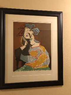 Femme Accoudee, Au Drapeau Bleu Et Rougue   Limited Edition Print -  Picasso Estate Signed Editions