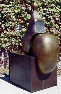 Seated 5 Bronze Sculpture 2001 64 in Sculpture - Robert Holmes
