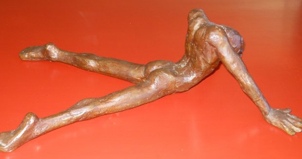 Untitled Male Nude Bronze Sculpture 1976 16 in