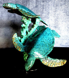 Green Sea Turtles Bronze Sculpture 1991 10 in Sculpture - Robert Wyland