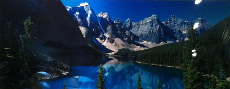 Lake Moraine (Rocky Mountains, Canada)