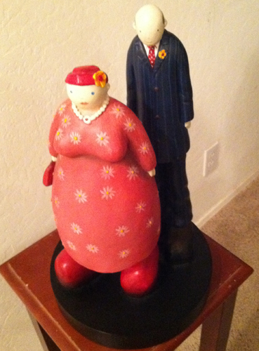 Couple Resin Sculpture
