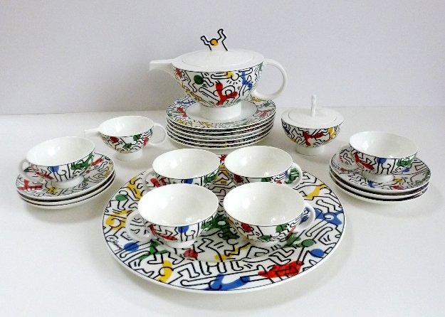 villeroy and boch keith haring bone china tea set 1991 unused 24 pcs. Black Bedroom Furniture Sets. Home Design Ideas